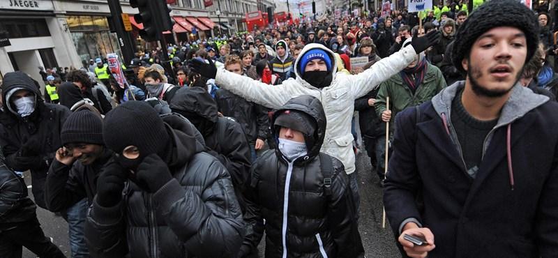 Az évtized legsúlyosabb zavargása: törnek-zúznak a dühös egyetemisták