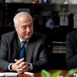 Szász Károly még ismerkedik a Semmelweisszel, kiállt a rektorral