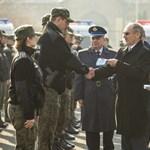 Megkezdték a lengyelek a magyar határ őrzését