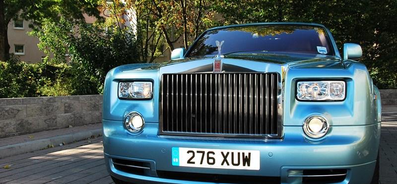 Rendhagyó Rolls-Royce teszt: egyedüli magyarként vezettem a legdrágább zöldautót