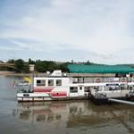 A forgalom miatt késett a BKV egyik hajója