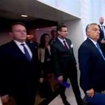 Sargentini Orbánnak: Egy kicsit elkésett, így nem tudtunk kezet rázni – videó