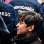 """""""Orbán brutális fellépésre készül"""" – felnyomták a menekültügyi törvénymódosításokat Junckernél"""