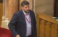 Vádat emeltek Simonka György fideszes politikus ellen