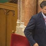 Ügyészség: nincs a vádiratban olyan, hogy Simonka törvényt módosítatott volna a saját érdekében