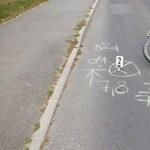 Az autósok kétharmada veszélyesen közel megy a bringásokhoz