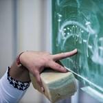 Utcára vonulnak az Ady Endre Gimnázium leváltott igazgatójáért