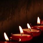 10 perces harangszóval emlékeztek a koronavírus áldozataira Szlovákiában