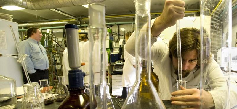 Itt vannak a tegnap kémiaérettségi hivatalos megoldásai