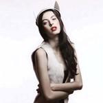 Magyar modell és országimázs fotósorozat egy kambodzsai divatlapban
