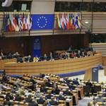 """""""Csak rosszabb lett a helyzet"""" - az Európai Parlament ítélőszéke előtt állt újra a NER"""