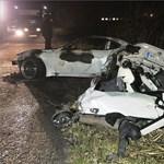 Kigyulladt autó: Meghalt a 19 éves sofőr 18 éves utasa - fotók