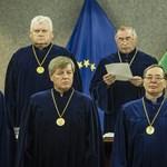 Ab: nem alkotmánysértő, ha az erdélyi magyar szavazhat levélben, az Angliában dolgozó nem