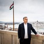 Lázár János beugrott Orbánhoz, és ha már ment, ajándékot is vitt – fotók