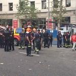 Négy embert maga alá temetett egy hotel leszakadt állványzata Madridban - videók