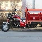 Kínában még billencses motorkerékpárt is lehet kapni