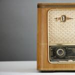 Szól a rádió, és a kutatók szerint kulcsszerepet töltött be a járvány alatt