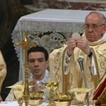Élőben nézheti Ferenc pápa első szentmiséjét