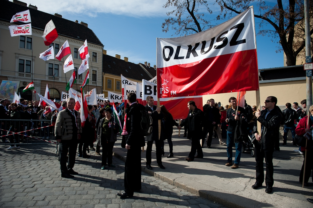 Lengyel békemenet március 15