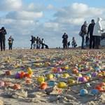 Játékcunami borította el egy németországi sziget partjait - fotók