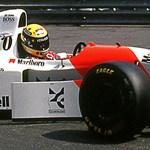 25 éves álom: Eladó Senna ikonikus piros-fehér McLaren F1-autója