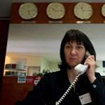 Csehszlovák szatírákat idéz a hivatal lassúsága