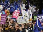 A Brexit elhalasztását kéri Boris Johnson az EU-tól