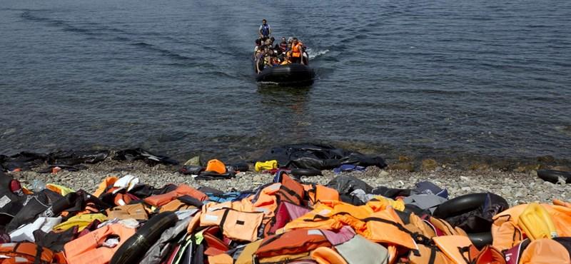 Az ENSZ közel másfélmillió menekültre számít jövő év végéig