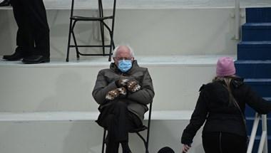 Kétezer forintért ön is horgolhat üldögélő Bernie Sanders babát