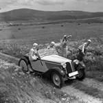 Időutazás: szuperritka BMW-t fotóztak 1936-ban Solymáron