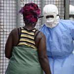 131-en utaztak egy repülőn az ebolás dallasi ápolónővel