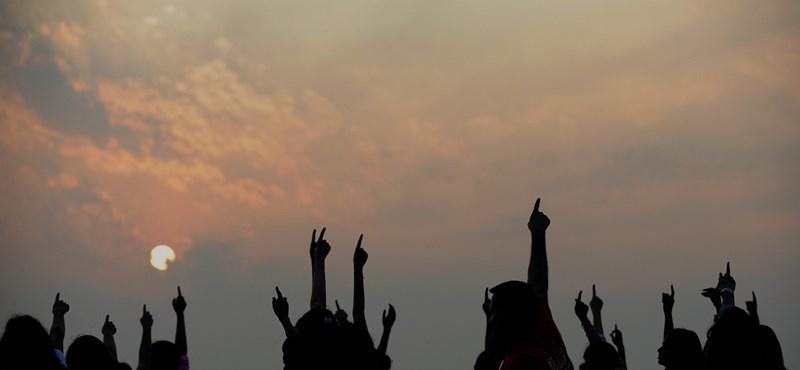 239 ezer kislány hal meg évente Indiában, mert a diszkrimináció miatt elhanyagolják őket