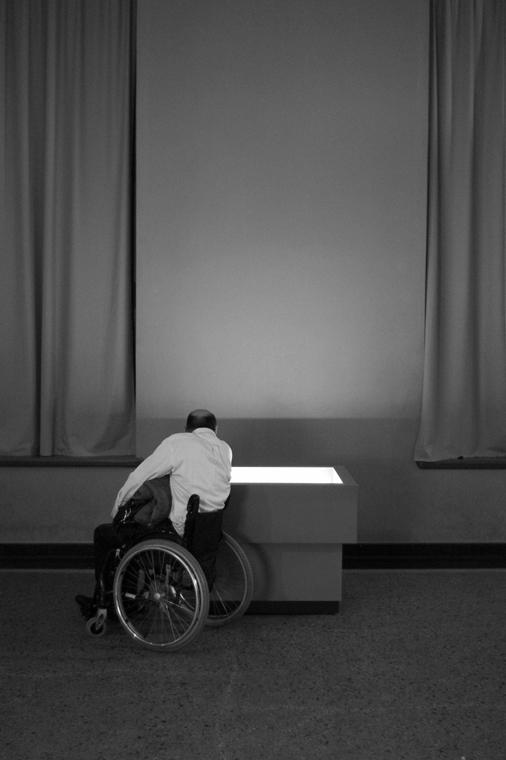 NE használd_! - Bartis Attila nagyítás - Természettudományi Múzeum, Berlin, 2014