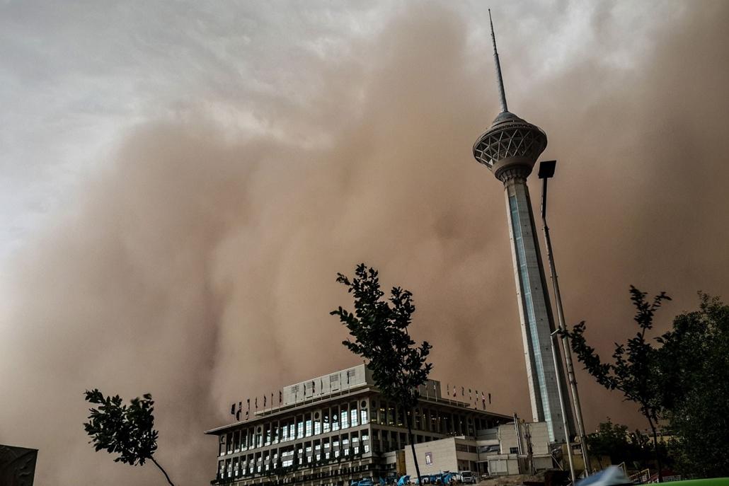 afp. Irán, porvihar 2014.06.03.