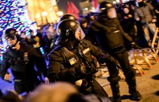 A Kossuth téren letartóztatott CEU-hallgató szabadon engedését követelik a ma esti tüntetés szervezői