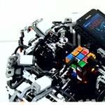 Okostelefon rakja ki leggyorsabban a Rubik kockát [videóval]