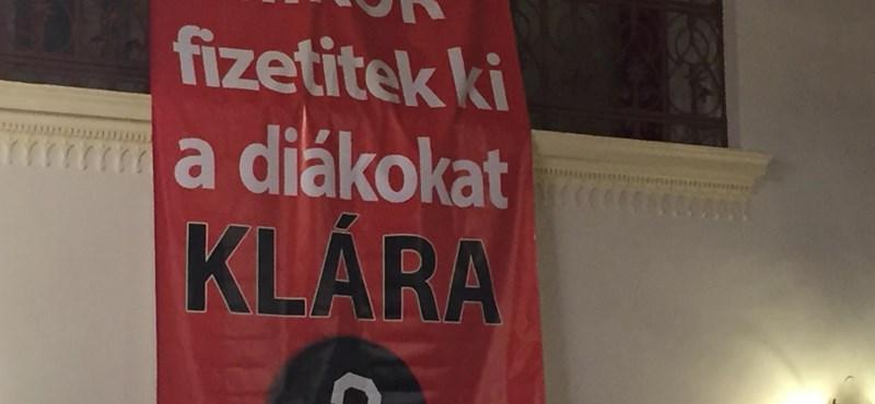 A Fidelitas megzavarta Dobrev Klára fórumát