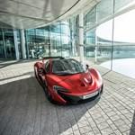 Lávavörösben egészen egyedi a McLaren szuperautója
