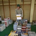 Tízezer diák maradhat tankönyv nélkül az új tanévben