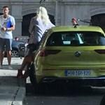 Katalógusfotózás közben bukott le az új Volkswagen Golf