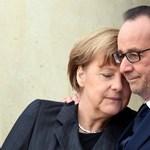 Ukrán elnök: Merkel és Hollande békés megoldásra szólították fel Oroszországot