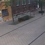 A Népszínház utcából futva menekült a rabló, de a kamera felvette