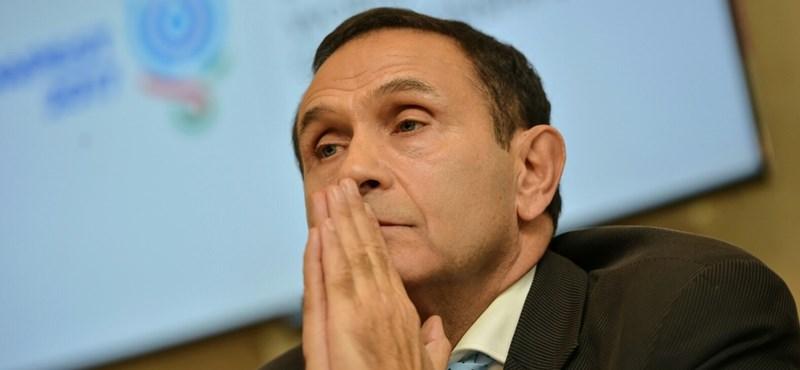 A korábbi kapitány szerint Gyárfás lemondásával az elnökségnek is mennie kell
