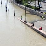 Apad a Bódva Szendrőben és Edelényben, tetőzik a Duna Budapestnél