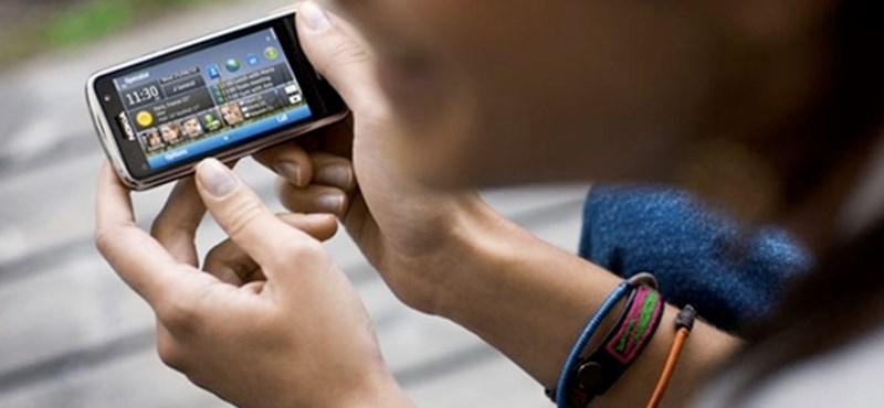 Mosolyfelismerés váltja fel a telefonunk PIN kódját?