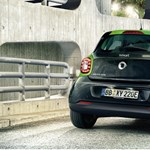 Ingyen parkol, és a szervizköltségek felét is megspórolja – Flottában is megállja a helyét az elektromos smart