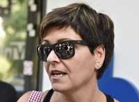 Fejlevágással, a családja kiirtásával fenyegették meg Kálmán Olgát a Facebookon, feljelentést tett