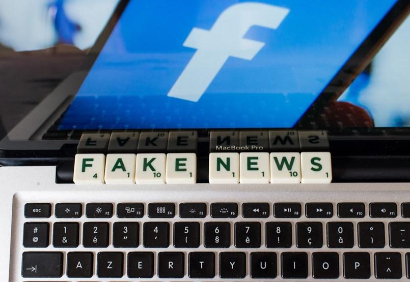 """""""Autoritárius tagállamok, mint Magyarország"""" – cenzúra vagy jogos védelem a Facebook megregulázása?"""