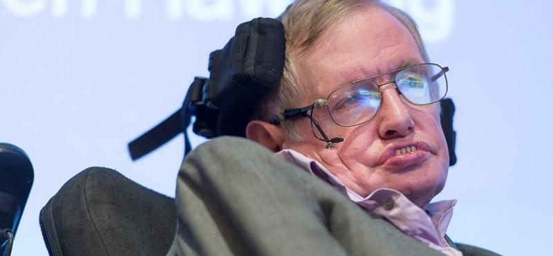 Stephen Hawking elviccelődött David Beckhammel