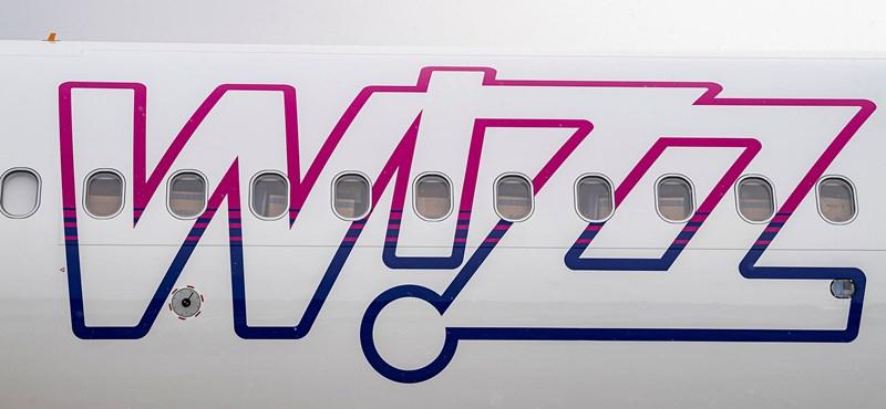 Ezer embert bocsát el a Wizz Air